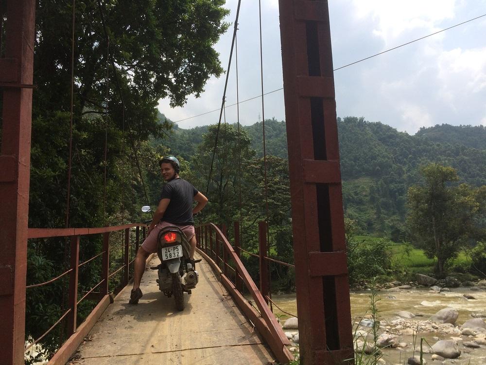 Sapa moped bridge