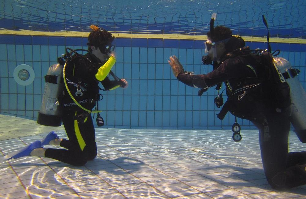 scuba training Nha Trang