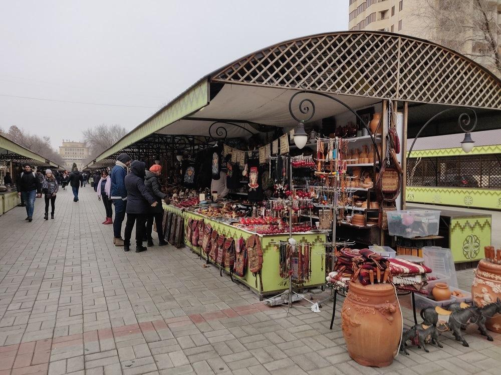 Vernissage Yerevan