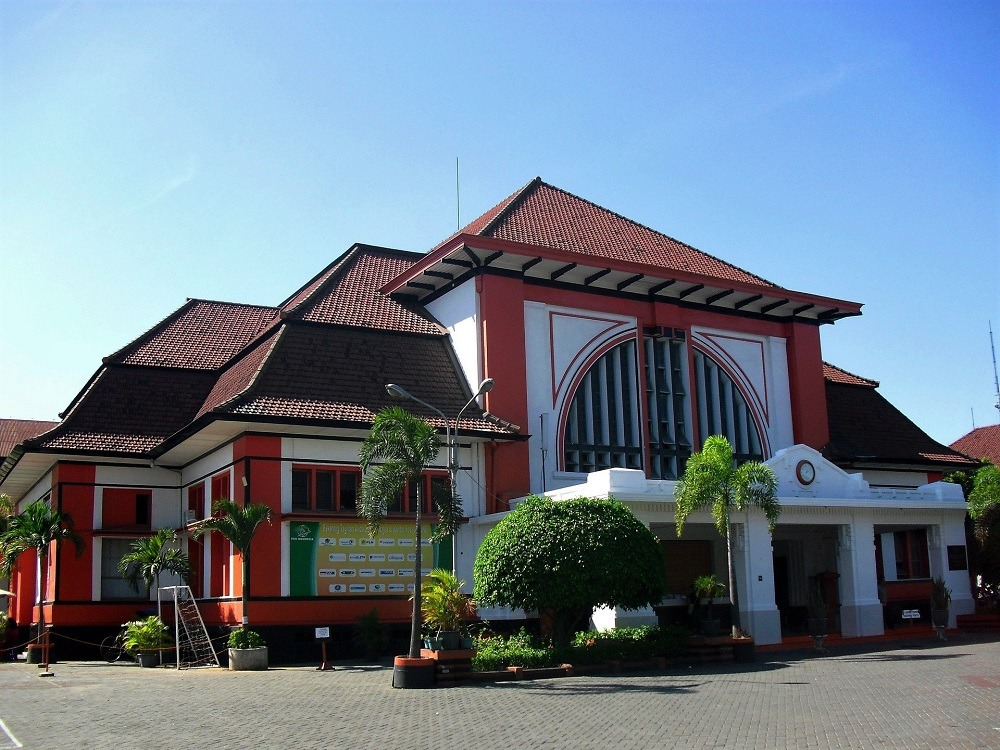 Kantor Pos Surabaya indonesia