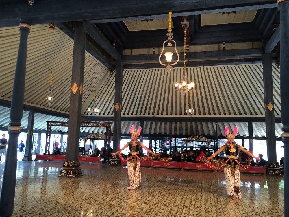 Yogyakarta dance performance