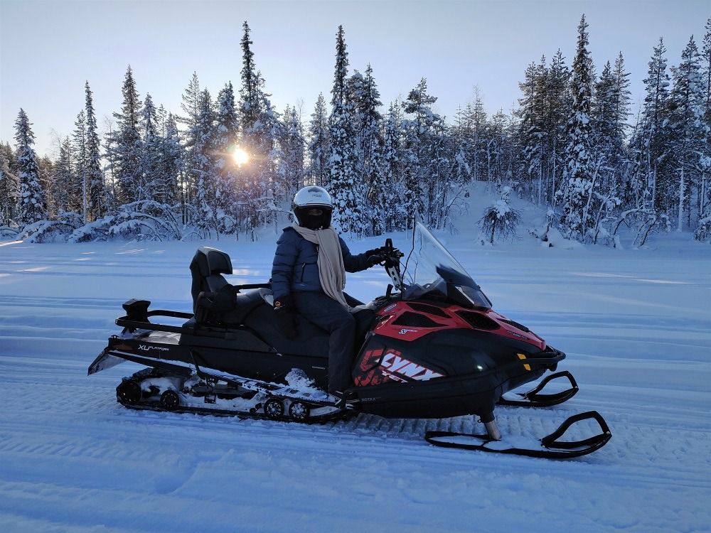 Snow mobile tour