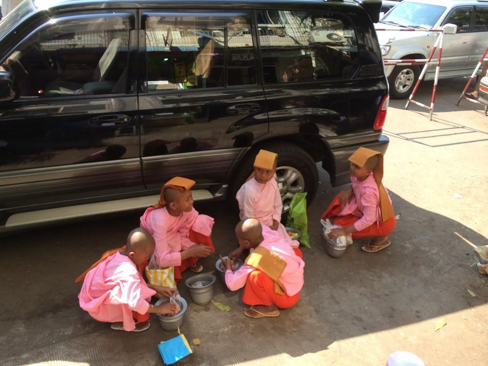 Yangon Girl Monks