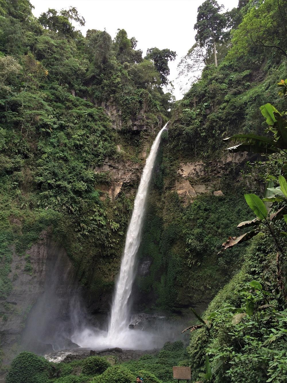 Waterfall Surabaya Bromo
